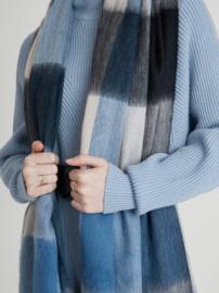 Wollen sjaal alpaca loca geblokt blauw, zwart, grijs, naturel