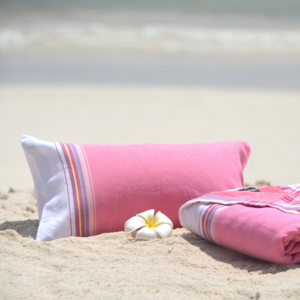 Beachkussen beach-pillow kikoydoek Simone et Georges