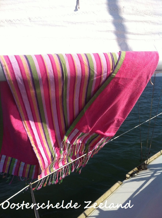 kikoy strandlaken met bastof stripes PURE Kenya