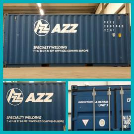 Container bestickerd voor AZZ
