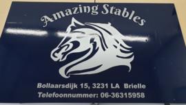 Reclamebord voor Amazing Stables Brielle