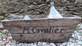 Oude Franse houten krat M. Cavalier