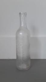 Oud brocante flesje met milliliter.