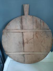 Oude ronde broodplank kaasplank B. Schwarz