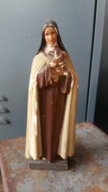 Brocante oude mariabeeld / Theresia 21 cm