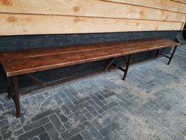 Industriële oude houten / ijzeren bank
