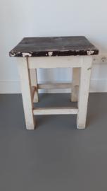 Brocante oude houten kruk / bijzettafel
