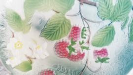 Barbotine fruitschaal met fruitdecor