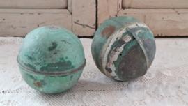 2 groene ballen