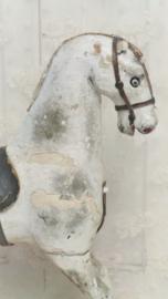 Paard op wieltjes