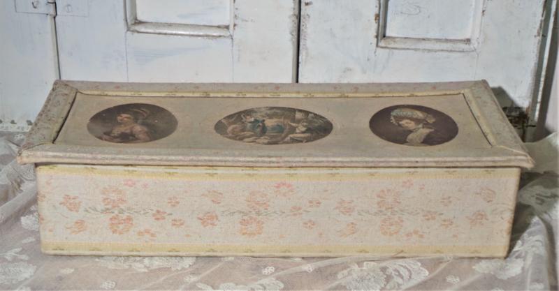Stoffen doos met portretten VERKOCHT