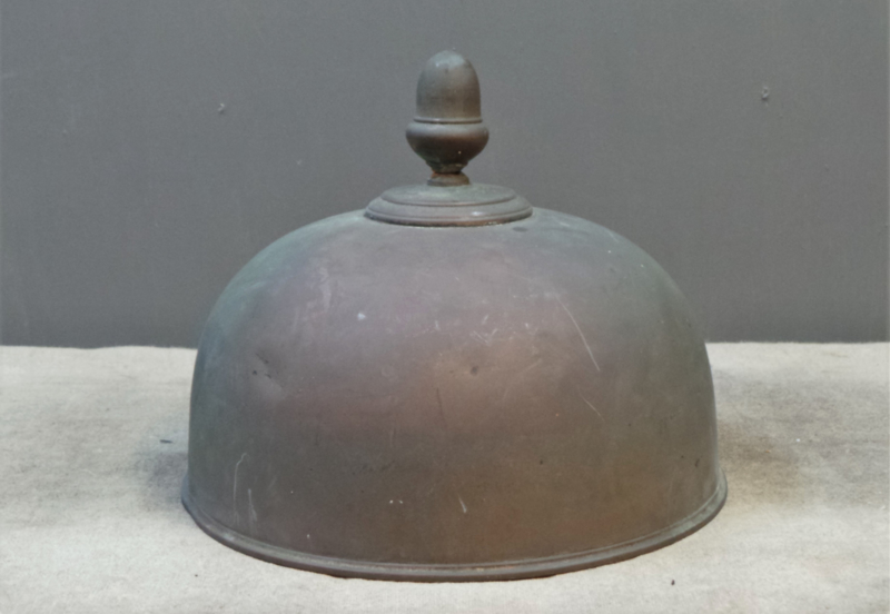 Cloche met top patina