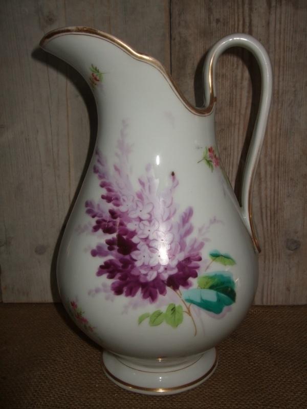Waterkan met paarse bloem VERKOCHT