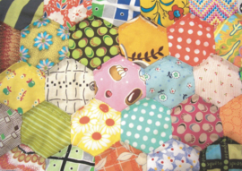 Jen Kingwell  - Postcard Project # 6 - 1 inch Hexagon