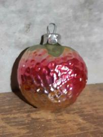 Oude Antieke Russisch Kerstbal 4751 Aardbei