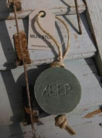 Puur Zeep Stoere Hanger Schijf aan Touw Legergroen - Olive