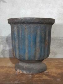 Oude Antieke Gietijzeren Vijzel Blauw