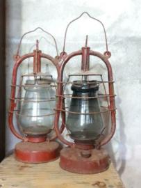 Oude Vintage Kerosine Stormlamp Olielamp USSR Rood