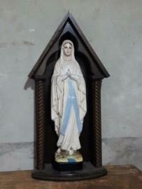 Oud Antiek Gipsen Mariabeeld Maria Lourdes Beeld in Houten Kapel