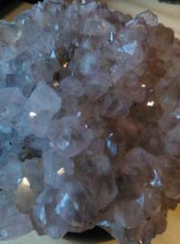 Amethist Mineraal - Ruwe Cluster op Sokkel