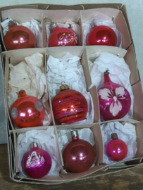 Oude Vintage Kerstballen 7247 Doosje Russische Roze