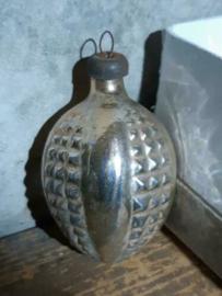Oude Antieke Kerstbal 4665 Lampion