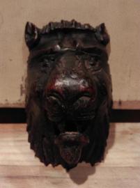 Oude Antiek Houtsnijwerk Kast Oranament Leeuwenkop Set  H20
