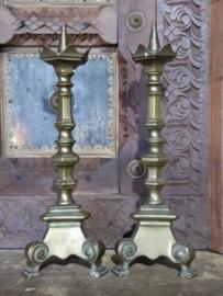 Oude Antieke Set Kandelaars Thuis Altaar