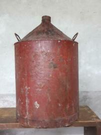 Oud Vintage Metalen Petroleum Blik Rood