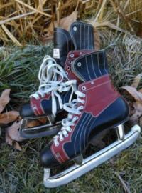 Oude Vintage Schaatsen IJshockey Roodbruin