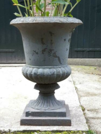 Oude Antieke Franse Gietijzeren Tuinvaas Bloempot XXL