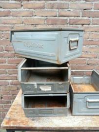 Oude Vintage Industriele Stapelbak Magazijnbak Grijs
