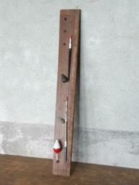Oude Vintage Houten Plankje Haspel met Dobbers en Lood