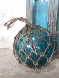 Oude Antiek Vintage Glazen Drijver Visnet XXL Blauw in Handgeknoopt Net
