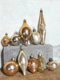 Oude Vintage Kerstballen 5673 Doosje Russische Goud Zalm
