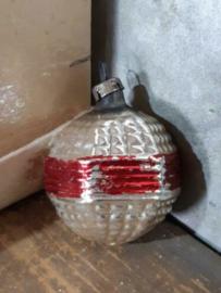 Oude Antieke Kerstbal  4016 Lampion