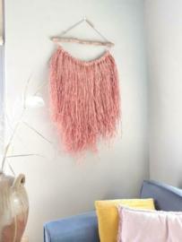 Stoere Ibiza Look Wandhanger van Roze Gebleekte Raffia