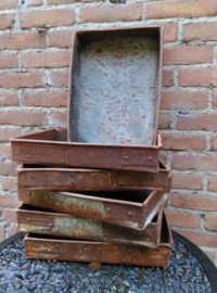 Oude Brocante Metalen Bakvorm Bakblik Bakje