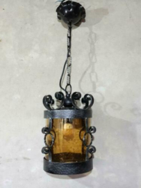 Oude Brocante Hanglamp met Glazen Kap Oker