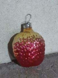 Oude Antieke Russisch Kerstbal 4828 Aardbei