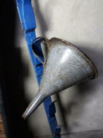 Oude Brocante Emaille Trechter Gewolkt Grijs