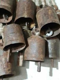 Oude Brocante Metalen Bellen Bel Tempelbel India 2st. 12-14 cm