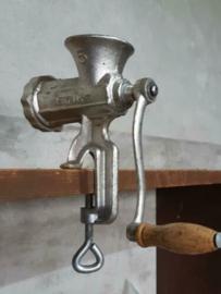 Oude Brocante Aluminium Vleesmolen Nr5