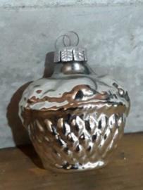 Oude Antieke Kerstbal 2506 Mandje