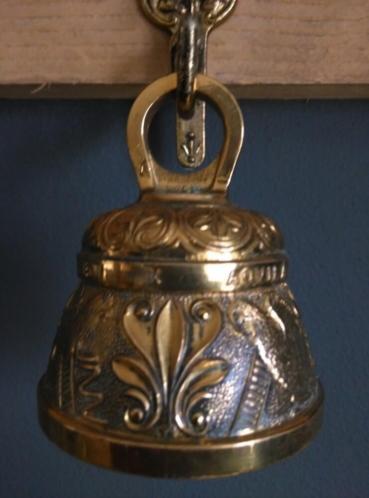 Antieke Bronzen Bel.Oude Antieke Bronzen Bel Met Muurbeugel Vis Oude Antieke Bellen
