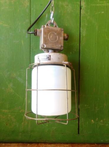 Oude Industriele Lamp Hanglamp Kooilamp Melkglas