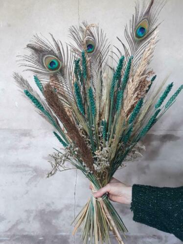 Gemengd Droogboeket Droogbloemen Bos Turquoise met Pauwenveer