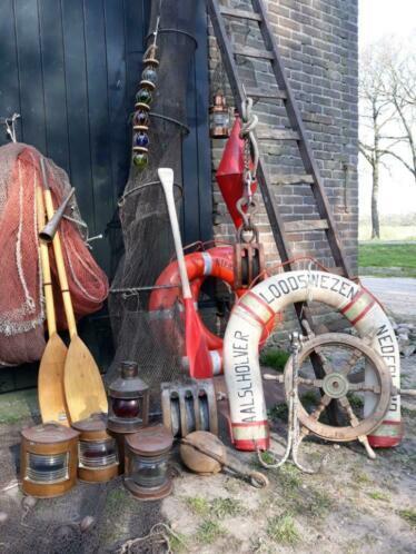 Oude houten set peddels roeispanen etalagemateriaal kano bb.jpg