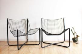 2 zwarte vintage draadstoelen - Niels Gammelgaard voor IKEA. Jarpen Wire Chair