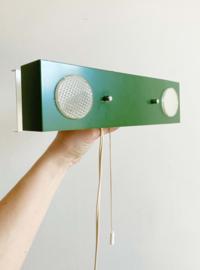 Toffe groene vintage nachtlamp. Retro design lampje voor aan de wand